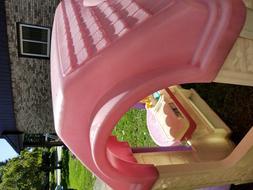 children's outdoor playhouse plastic, door, windows, 2 seats