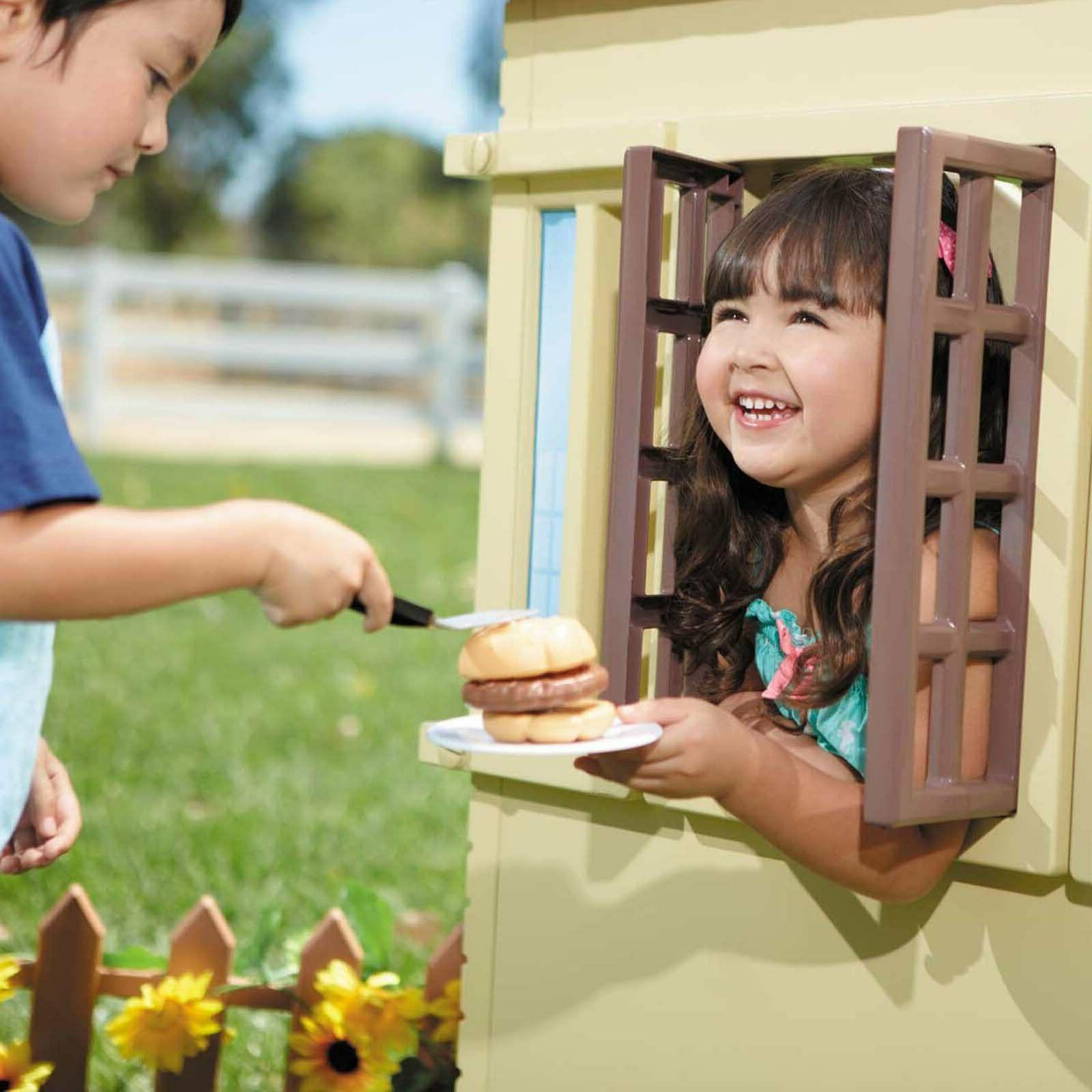 Playhouse Portable Outdoor Children Sturdy Light Plastic Toy