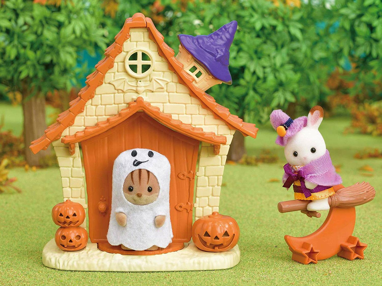 Sylvanian Families Halloween Playhouse