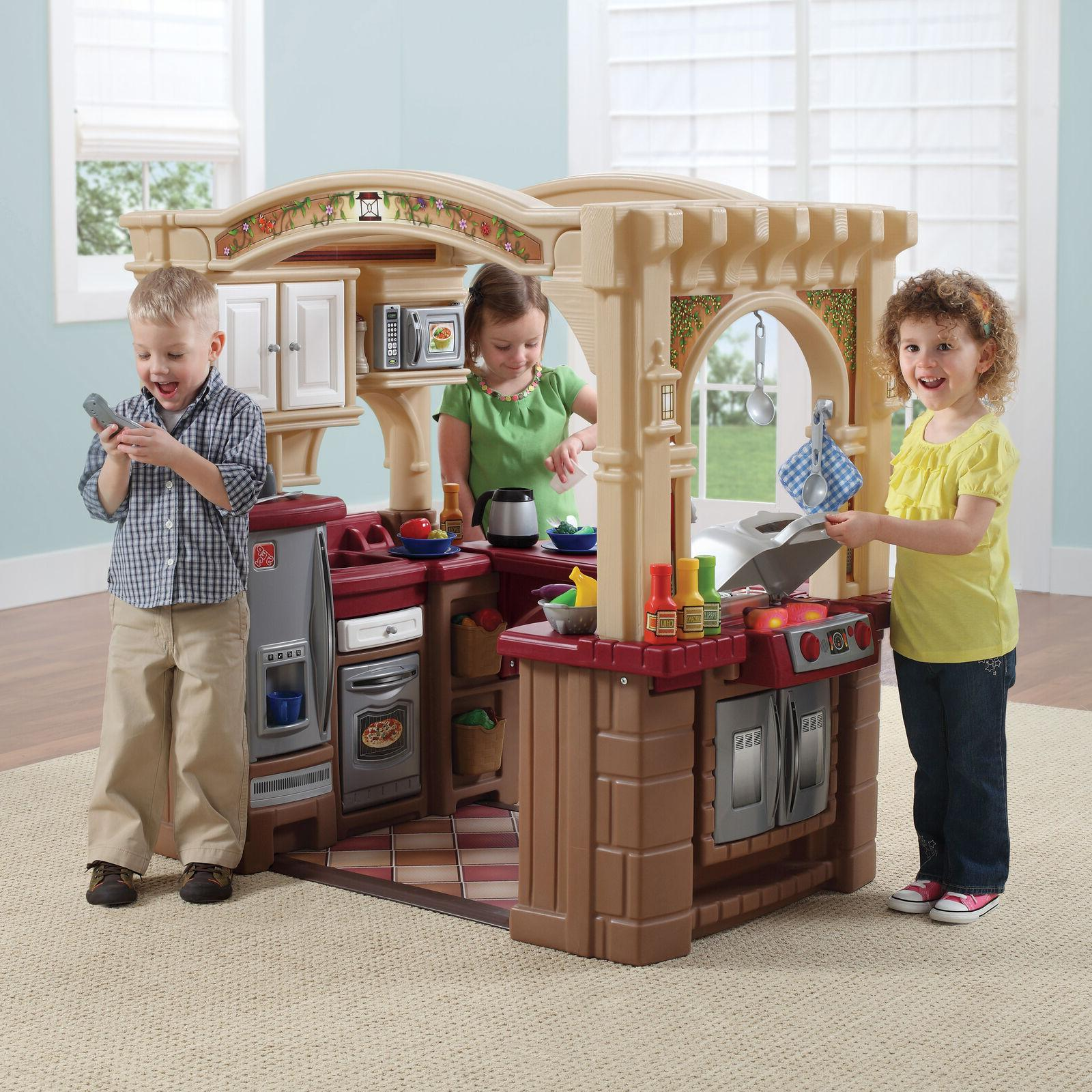 toddler small child pretend playhouse role