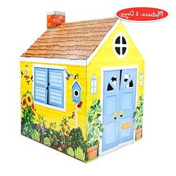 Outdoor Country Cottage Indoor Playhouse Role-Play Center fo