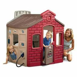 Little Tikes Town Playhouse Features Market Gas Station And
